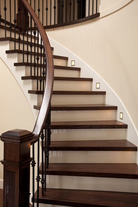 Attrayant The Benefits Of Prefinished Stair Treads